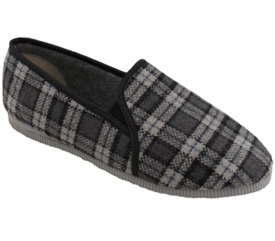Men&39;s moccasin slippers