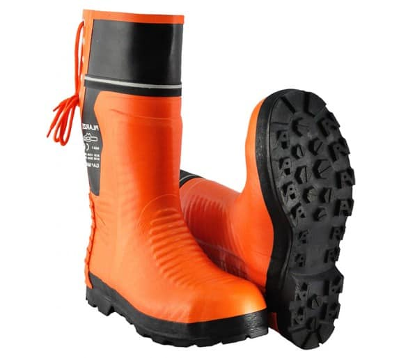 WOODCUTTER-PL rubber safety boots for working with a chainsaw