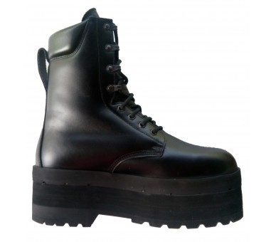 ZEMAN AM-35 humanitarian antimine boots