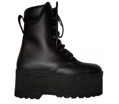 ZEMAN AM-50 humanitarian antimine boots