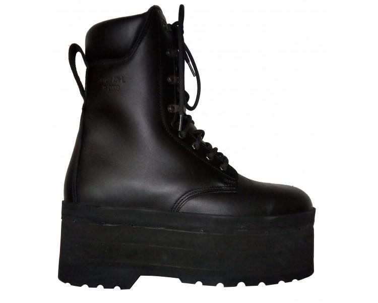ZEMAN AM-50 humanitárna antiminová obuv