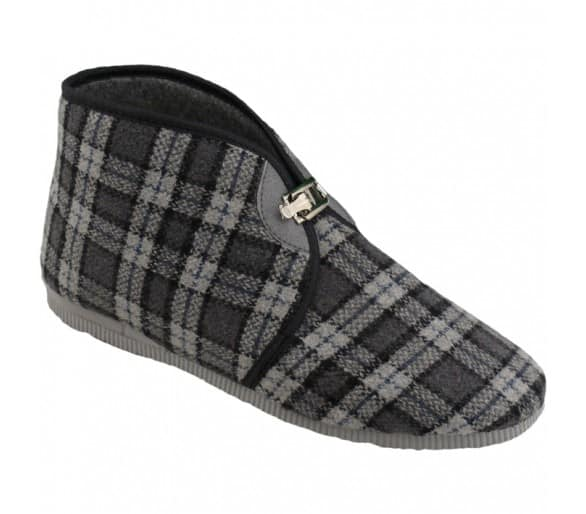 Men's buckle slippers
